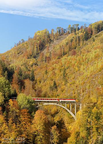 rail railway railroad train locomotive zug eisenbahn vlak železnice bridge viaduct most brücke viadukt velkáfatra