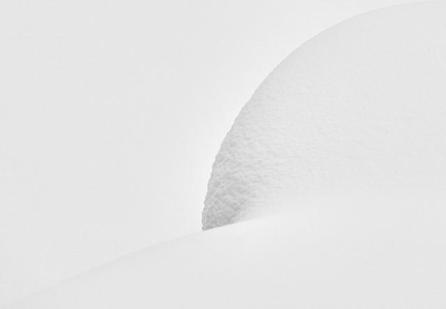 Sensual Snow Art