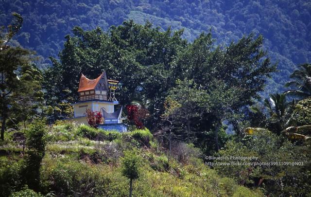 Sumatra, Lake Toba, Pulau Samosir, Batak tomb
