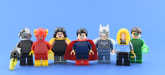 Dc minifigs #23 : The (incomplete) Crime Syndicate😕