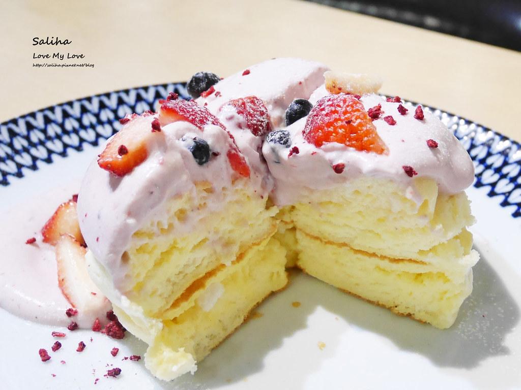 台北松山小巨蛋站咖啡廳甜點店Bubble Cafe舒芙蕾厚鬆餅 (4)