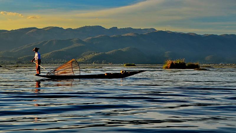 Myanmar, Fisherman at Inle Lake