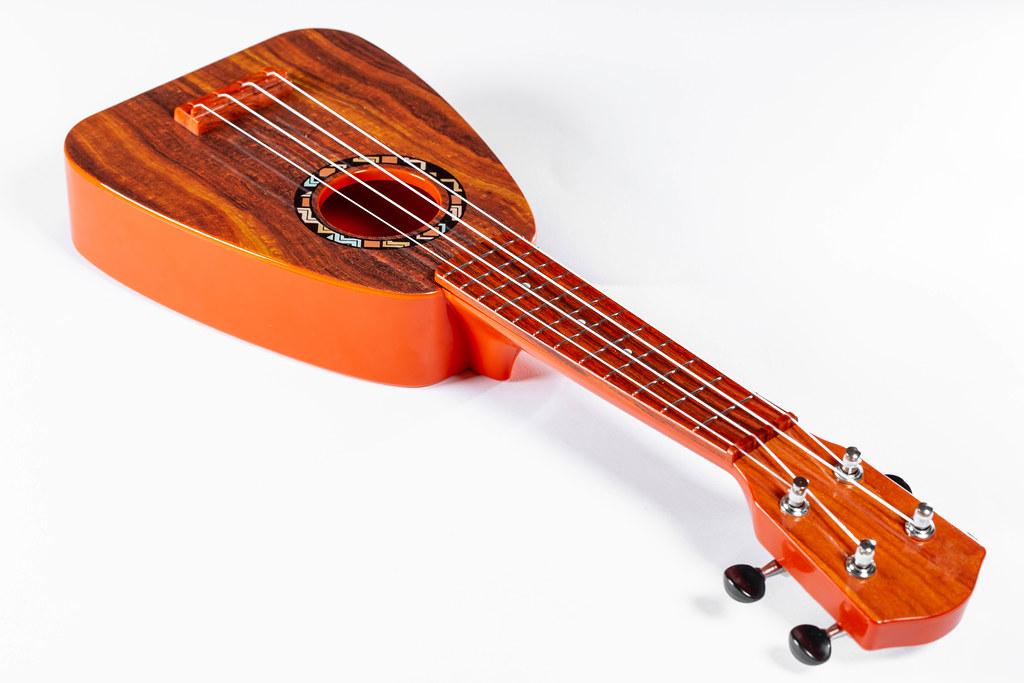 Risultati immagini per ukulele