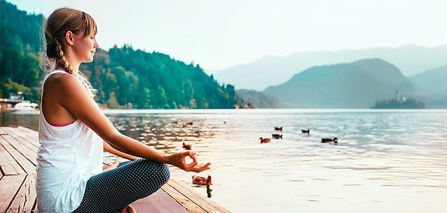 10 Ways to Connect to the Present Moment Without a Meditation Cushion