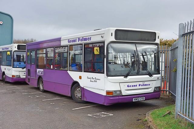 Grant Palmer Transbus Pointer Dart SLF 202 KW02CVS in Flitwick