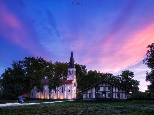 atvavi bias france francia olympus atardecer sunset iglesia iluminación