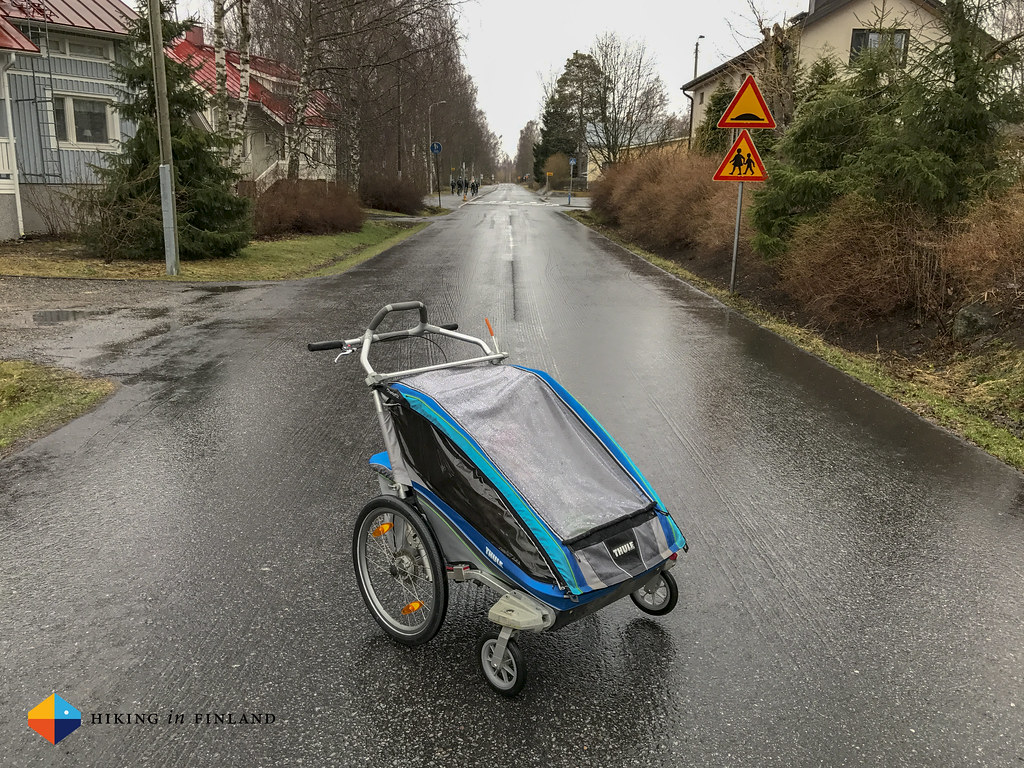 Thule Chariot 2 in the rain