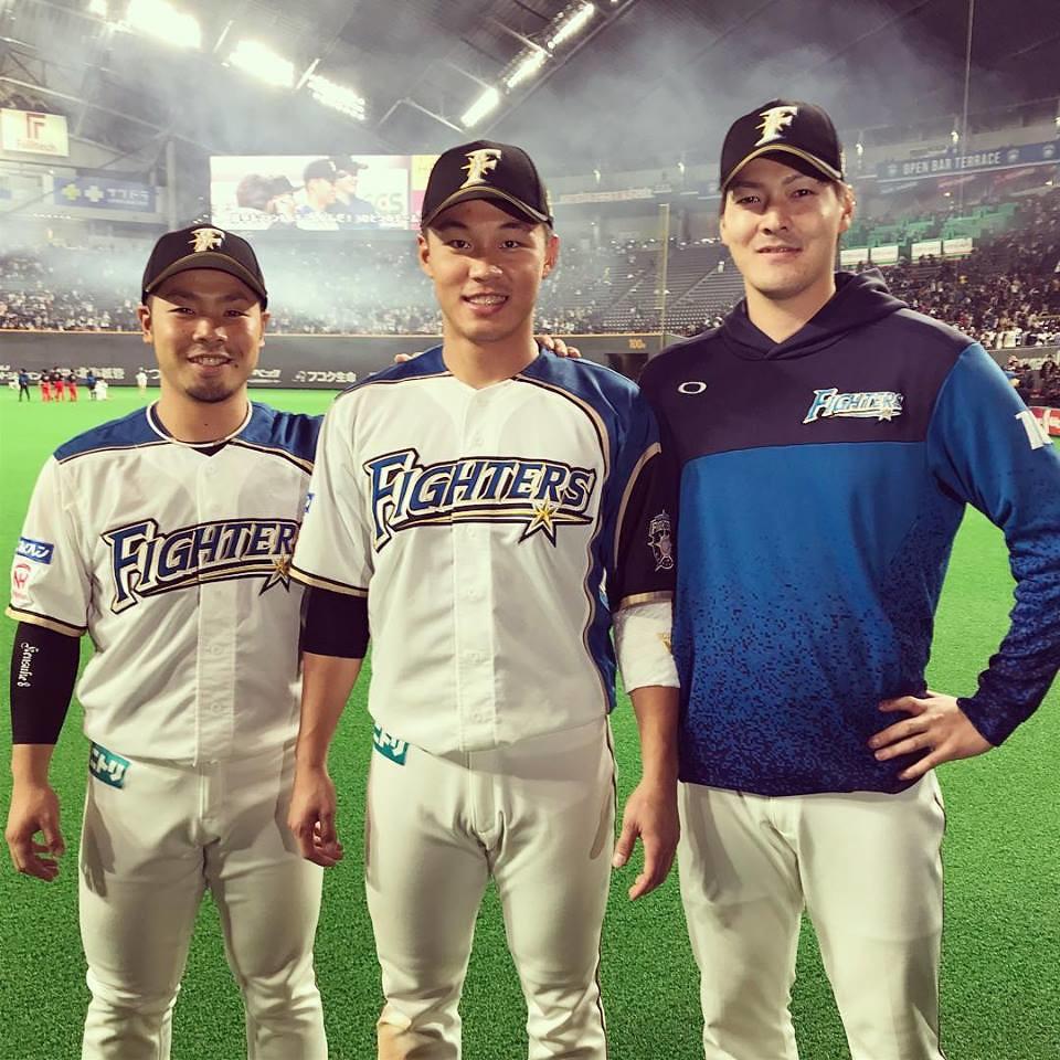 王柏融(中)、近藤健介(左)、有原航平(右)(資料照,北海道日本火腿鬥士全球粉絲團。)