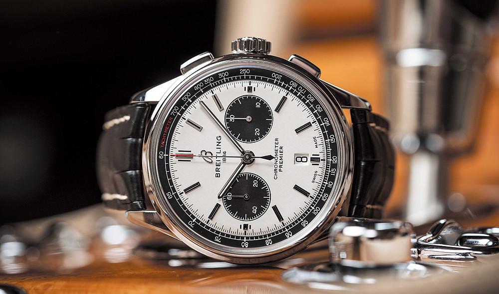 Breitling_Premier-B01-Chronograph-42_panda_dial_reclining_1000