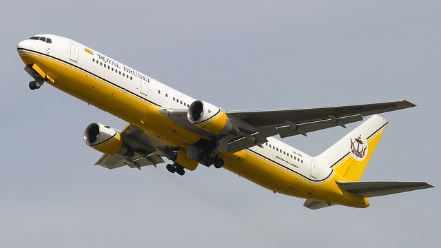 Royal Brunei 767-300.