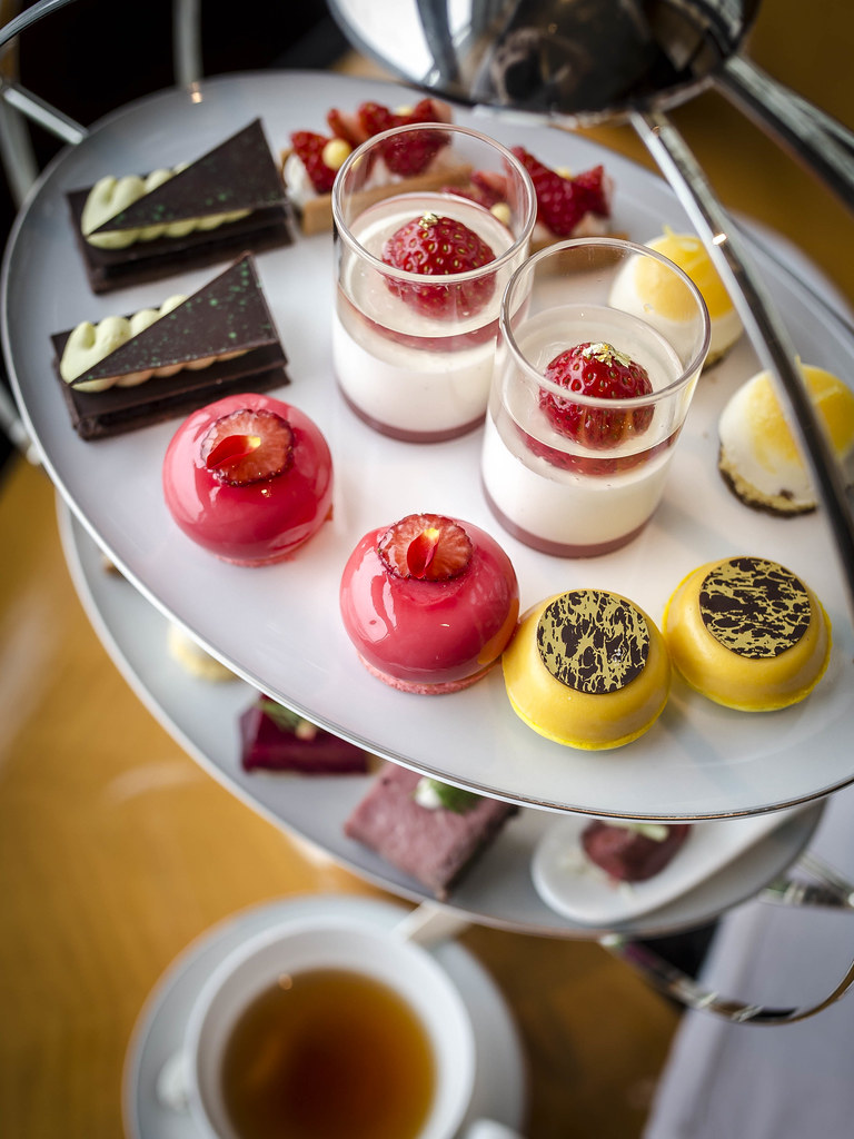 Tokyo – Afternoon Tea at the Ritz Carlton