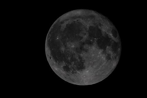 Full moon   by Photo-Sorko