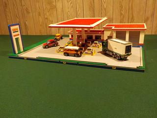 Exxon Gas Station 6375