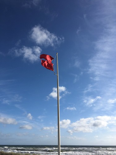 It's a two-red-flag kind of day | by pr9000