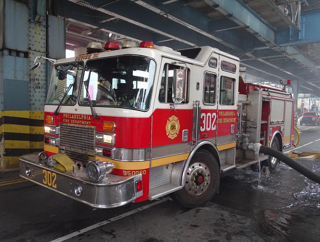 PFD Engine 302 | Philadelphia Fire Department Engine 302 199