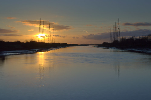 Low Sun over the river at Preston | by Tony Worrall