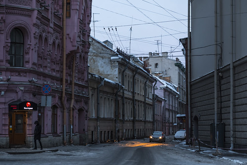 saintpetersburg sunrise winter street people city outdoor town snow morning building architecture old russia cityscape sky cold outdoors petersburg russian st leningradoblast ru