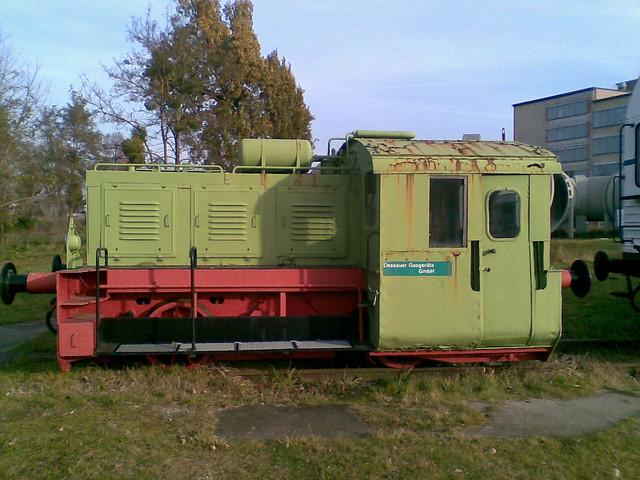 1957 Dessau Kleindiesellokomotive N4B von VEB Lokomotivbau Karl Marx Babelsberg (LKM) Werk-Nr. 251168 Hugo-Junkers-Technikmuseum Kühnauer Straße 161a in 06846 Ziebigk