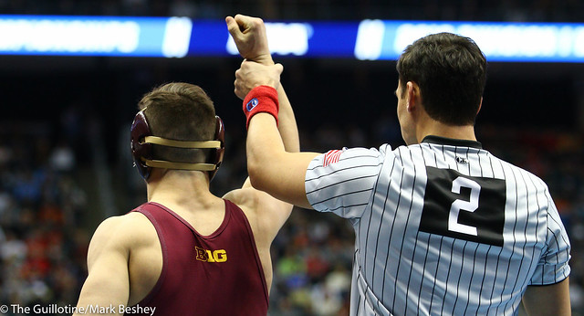 Champ. Round 1 - Mitch McKee (Minnesota) 21-5 won by fall over Sam Krivus (Virginia) 16-11 (Fall 5:00) - 190321amk0061