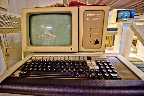 Dresden - Die Welt der DDR, Computer robotron K 8911   by www.nbfotos.de