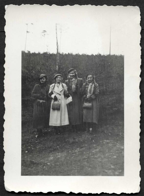 Archiv S558 Wintermode, 1920er