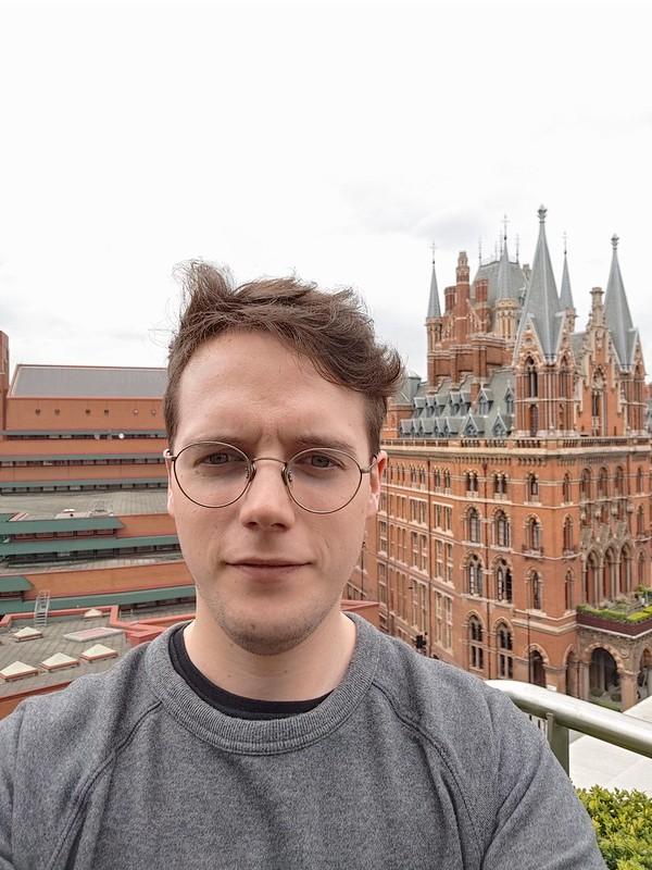 LG G8 ThinQ selfie camera test