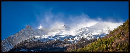 ciel extérieur hautesalpes massifdesecrins montagne neige paysage rochers tourmente vallouise vent