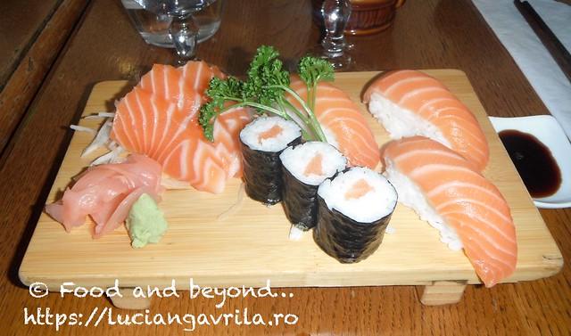 DSCF3191 sushi