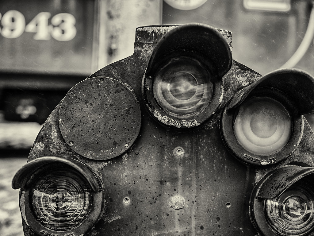 Dwarf Signal Mono   B&O Railroad Museum, Baltimore, MD   Paul Jarvie
