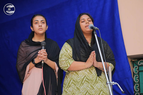 Devotional song by Ashtha and Saathi from Delhi