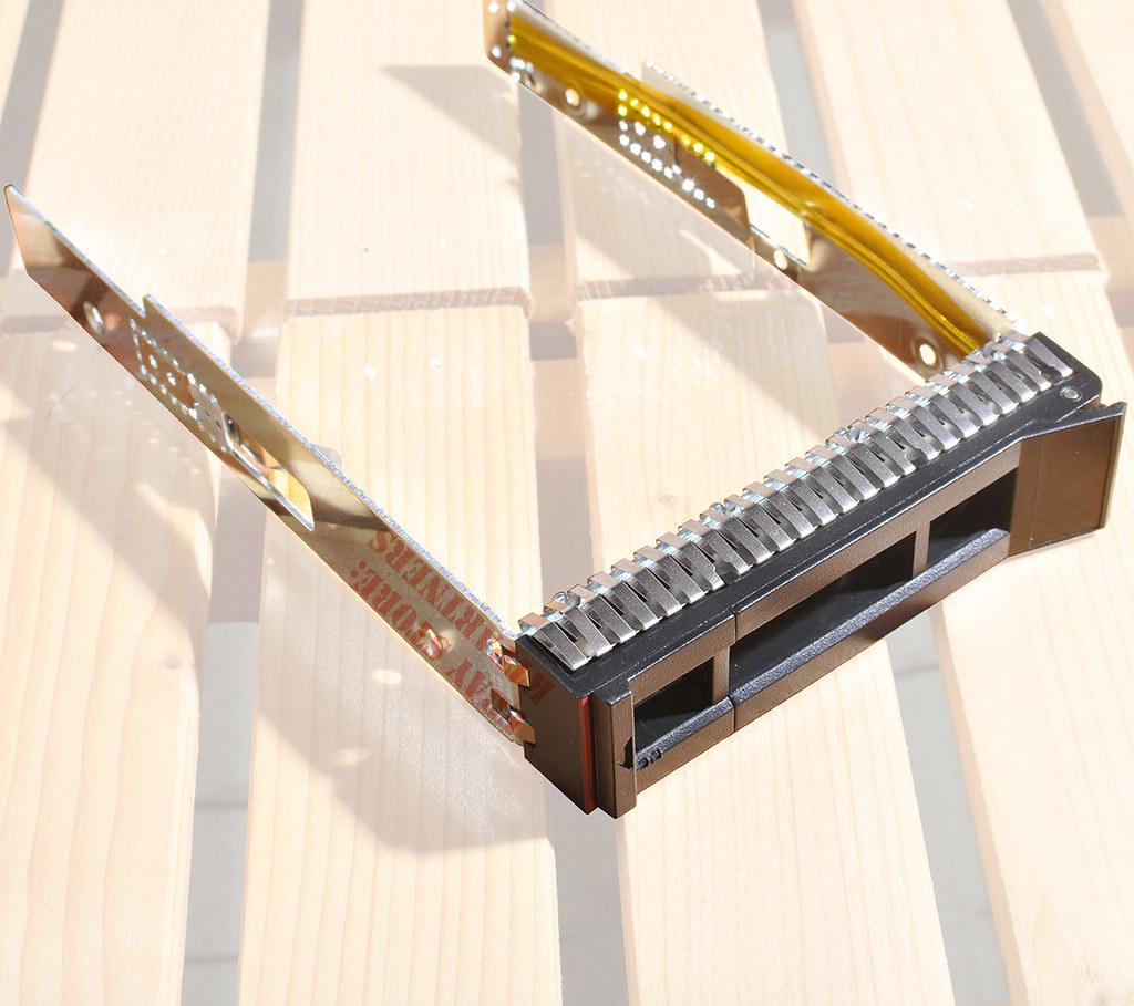 """3.5/"""" SAS HDD Tray Caddy for Lenovo ThinkSystem SR650 SR550 SR570 SR590 ST558"""