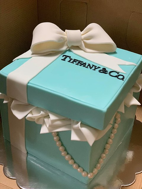 Tiffany & Co by JuBorgia Cakes