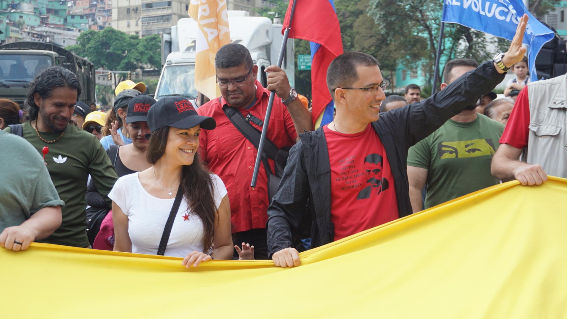 Canciller Arreaza: Hace 17 años el pueblo venezol