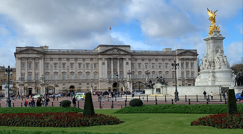 2019 London - Day 8 - Buckingham Palace | by heringermr
