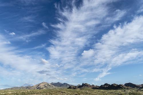 arizona mohavemountains desert mohavedesert clouds