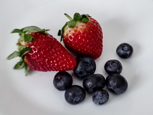 Strawberries And Blueberries | by smfmi