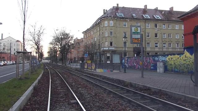Straßenbahn Linie 2 rückwärts