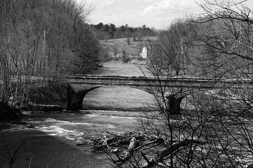 bridge oldbridge historicbridge 1905bridge delawareturnpike olddelawareturnpikebridge pedestrianuseonly normanskill creek water flowingwater concretebridge albanycounty albany capitaldistrict newyork monochrome mono blackandwhite outdoor pentax pentaxart kp kmount sigma1750mmf28lens