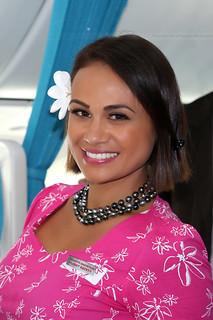 Stewardess Air Tahiti Nui