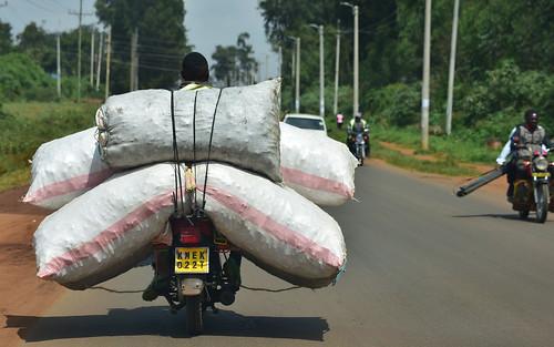 traffic village kitale desktop people kenya roadscape featured
