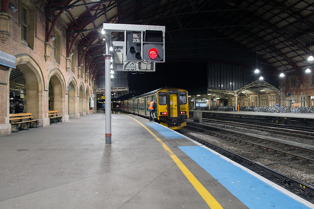 GWR 150 233 Bristol Temple Meads