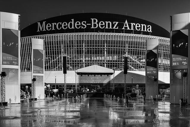 Mercedes Platz Eröffnung