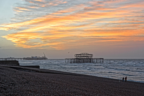 sunrise dawn daybreak sky cloud sea ocean waves pier ruin dog people dogwalkers glow beach brighton sussex ghe