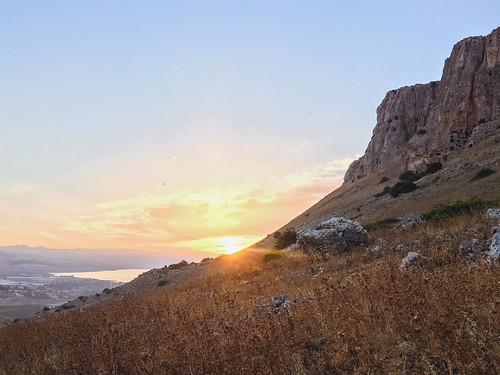 iphone sunrise desert mountarbel iphone6s arbel seaofgalilee israel lake landscape iphoneography mountain