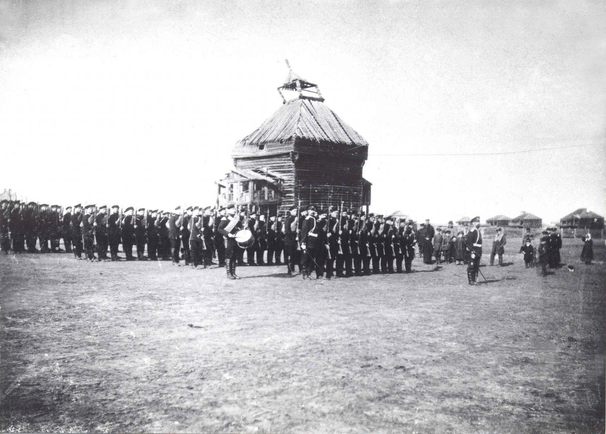 Торжества 1912 года  в историческом центре города, где располагался Якутский острог 26 августа 1912 года