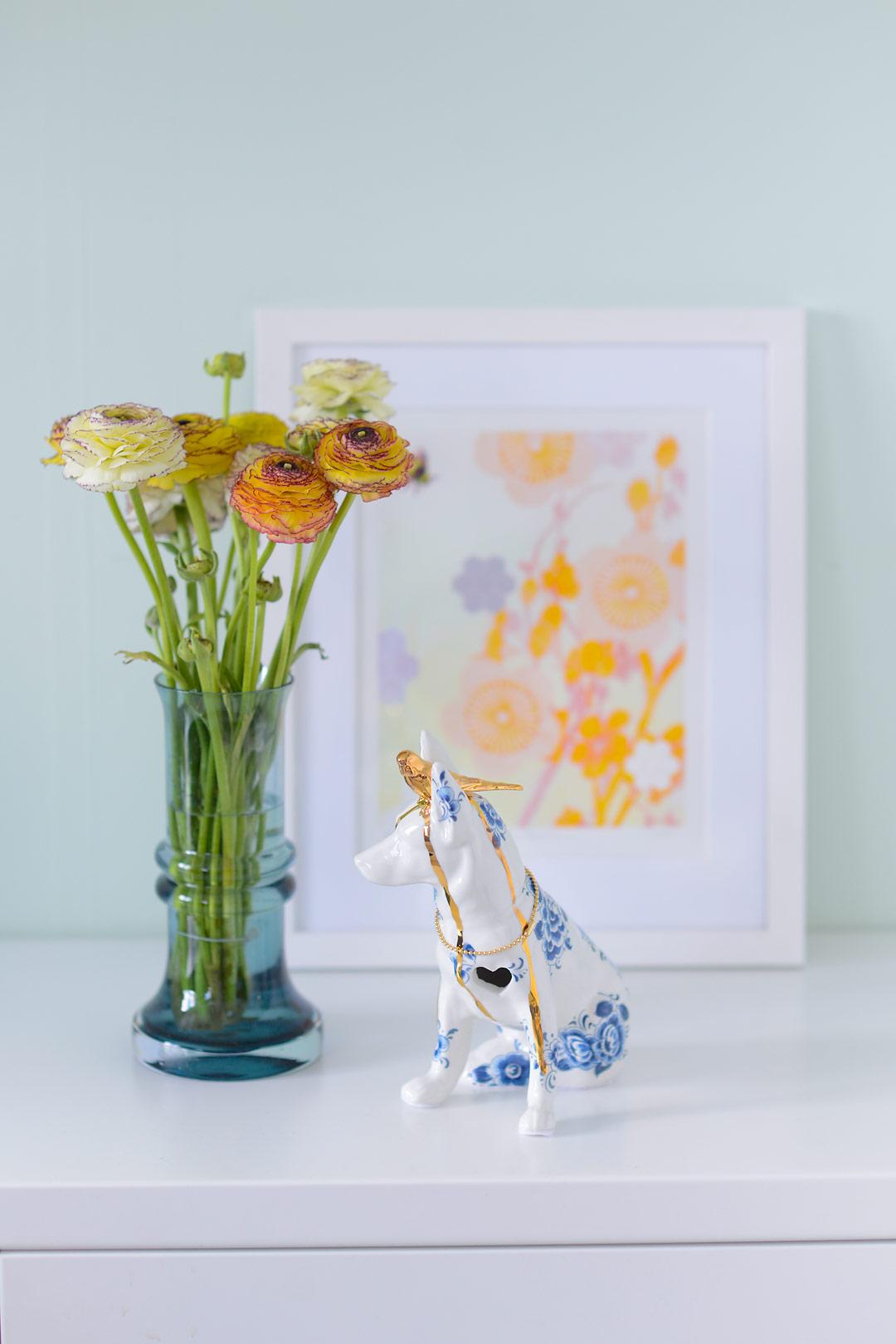 Ranunculus, Lammern en Lammers dog ant art print by Hadley Hutton