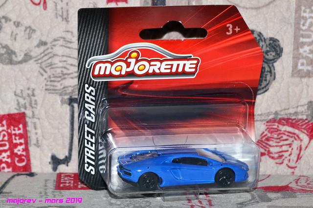 N°219E Lamborghini Aventador 33618261608_6302b5ce95_z