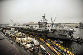 USS George H.W. Bush (CVN 77) arrives at Norfolk Naval Shipyard. | by Official U.S. Navy Imagery