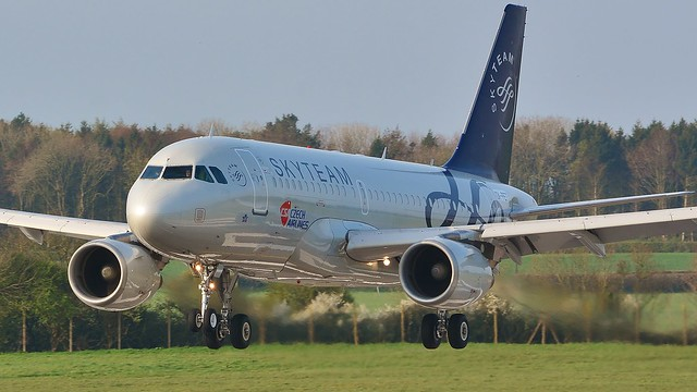 Airbus A319 OK-PET Skyteam