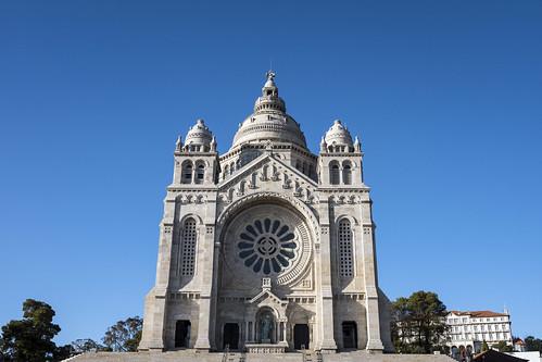 Santa Luzia Sanctuary   by Porto Convention and Visitors Bureau